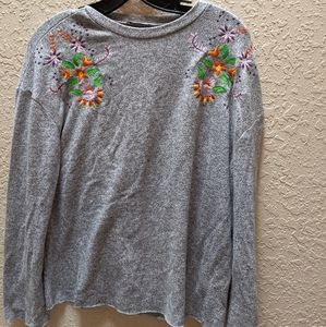 Zara Floral Embroidered Long Sleeve Light Sweater